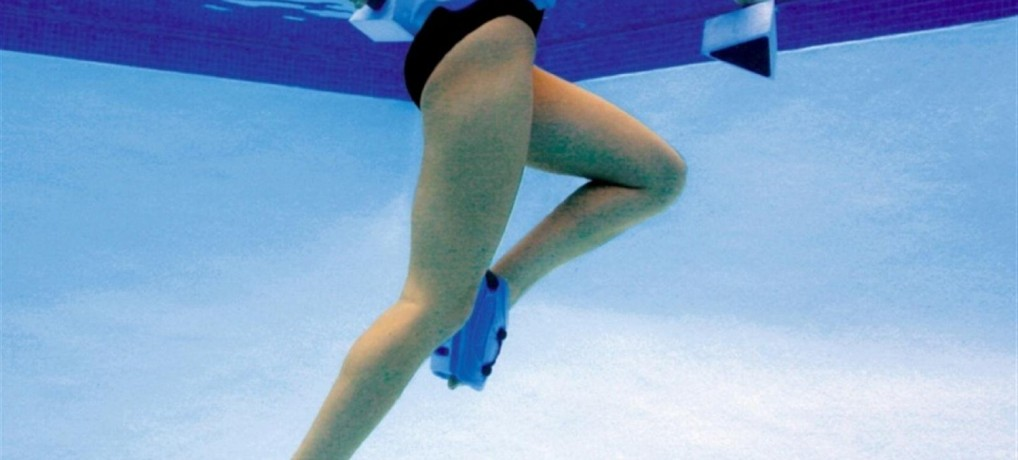 Knee, hip, and ankle exercise is less painful with the buoyancy of water